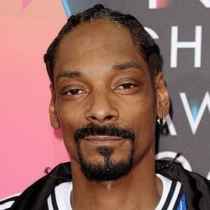 Snoop Dogg Agent Details Snoop Dogg Management He has gone by both snoop dogg and snoop doggy dogg and on july 31, 2012 announced snoop lion as his new stage name. snoop dogg agent details snoop dogg